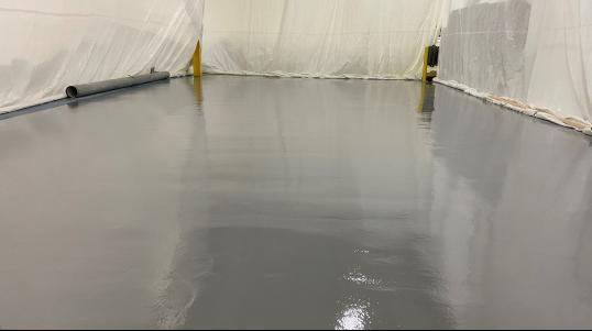 Installation réparation de revêtement époxy plancher béton résine epoxy, Scellant béton, Distributeur Chemtec, Repentigny, Terrebonne, Montréal, Laval Commercial, Industriel et agroalimentaire